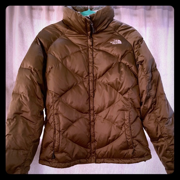 105061917a1b North Face Large 550 Puffer Jacket. M 5bb96928b6a942b45d726f48